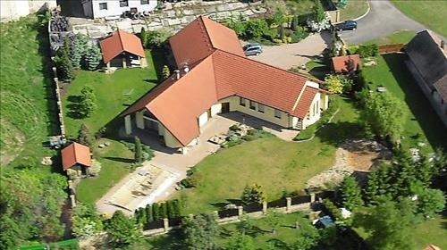 Rodinné sídlo 240m2, pozemek 2507m2,k.ú. Rejšice, Smilovice, Mladá Boleslav