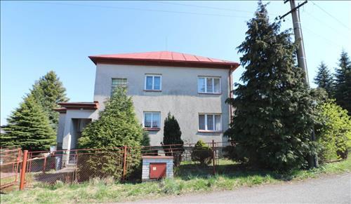 Rodinný dům 180 m2 na pozemku o ploše 1010 m2, Třinec, okres Frýdek - Místek