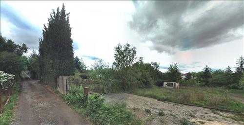 Chata s pozemky o celkové ploše 516m2 - Horní Heršpice, Brno. Podíl o velikosti 1/6