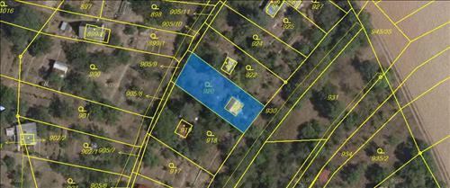 Prodej 1/2 chaty a pozemků, k.ú. Ostopovice, okres Brno - venkov
