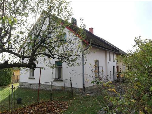 Prodej RD o dispozici 5+kk a zahradou o výměře 487m2, k.ú. Doubravice u Dvora Králové, okres Trutnov
