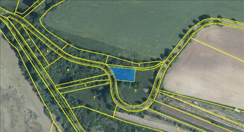 Prodej pozemku o výměře 745m2, ostatní plocha, k.ú. Okoř, okres Praha- západ
