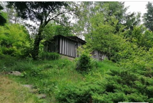 Prodej chaty s vlastním pozemkem o výměře 21m2, k.ú. Samechov, obec Chocerady, okres Benešov